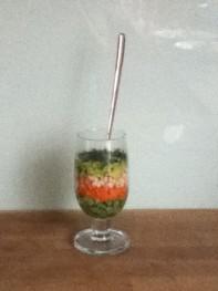 Laagjes-salade (die met een lepel te eten is)