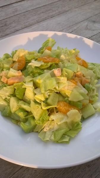 Salade met oude kaas en mandarijntjes